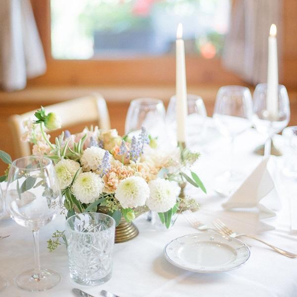 Mariage intimiste et raffiné à Wegen | Suisse